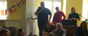 FachschülerInnen halten in Krakau einen Vortrag